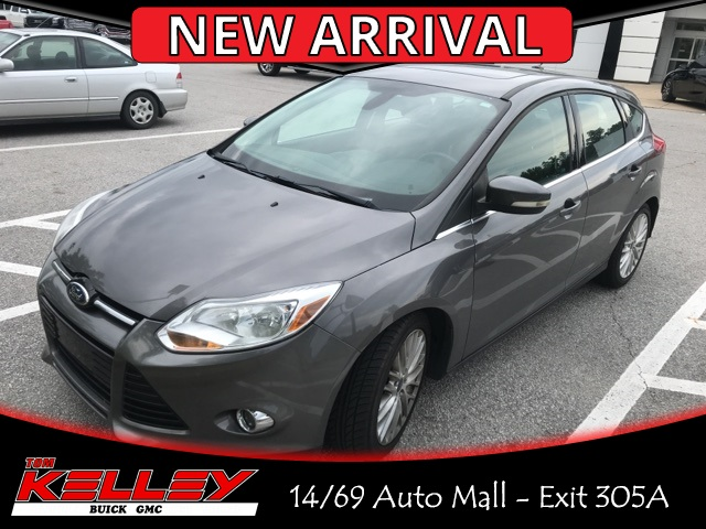 2012 Ford Focus Sel >> Pre Owned 2012 Ford Focus Sel Fwd 4d Hatchback