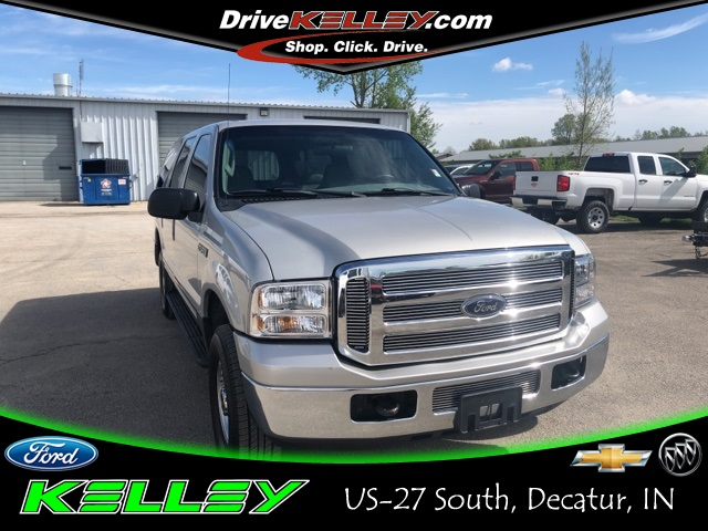 Pre-Owned 2005 Ford Excursion XLT